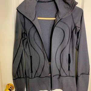 Size 4 Lulu zip up Jacket